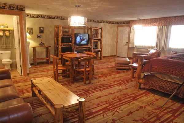 honeymoon-suite-4
